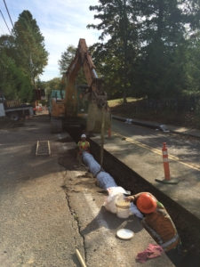 """Installing 12"""" Mainline Ductile Iron Water Pipe"""